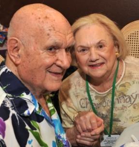 Bill Kuen and hospice volunteer