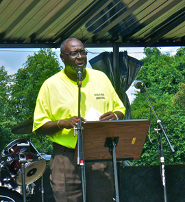 Swanson speaks at festival