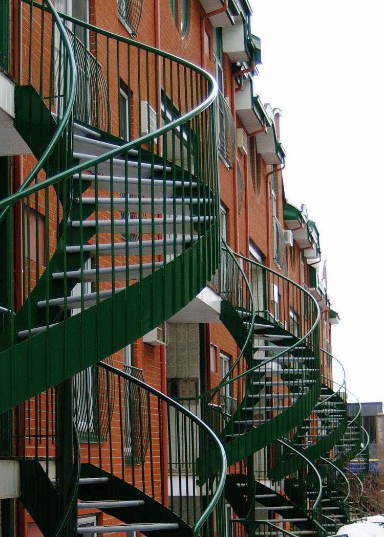 Apartment Bldg