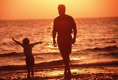 father-child-beach.jpg