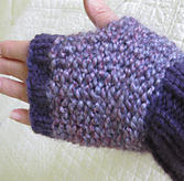Susanne Raynard fingerless mitt