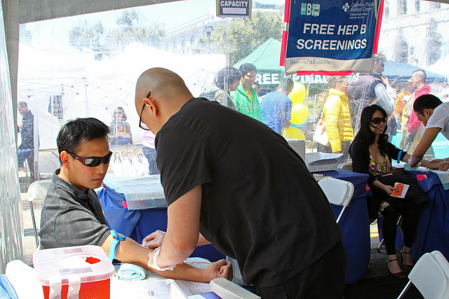 AHSC Hep B Screening. Photo by Jennifer Hsu