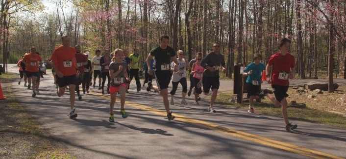 Runners of the 2013 EPCD 5K