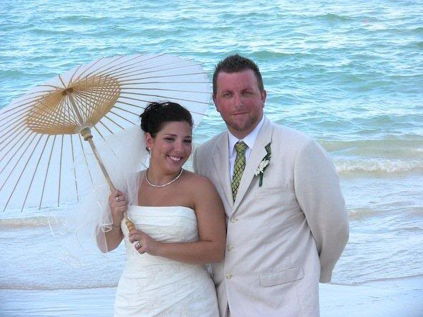 Bride and Groom by the SEA!