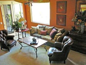 Baylee's livingroom