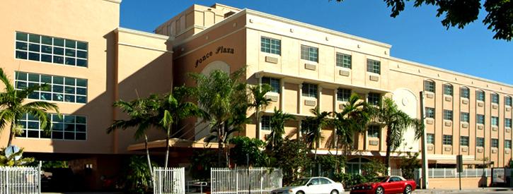 Ponce Plaza