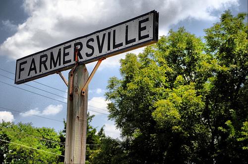Farmersville Sign