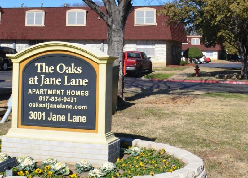 The Oaks At Jane Lane Apartments