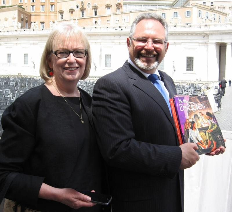 RCL Benziger President Peter M. Esposito (right) and Publisher Jo Rotunno pictured in Rome, Italy, to present Be My Disciples to Pope Francis. (PRNewsFoto/RCL Benziger)