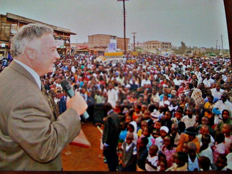 Tommy Hays Preaching Kenol, Kenya Festival