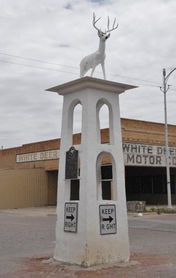White Deer statue (photo by Rick Vanderpool)