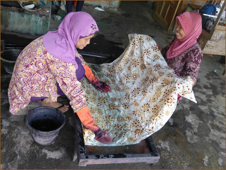 Apikri - Cloth Batik Makers