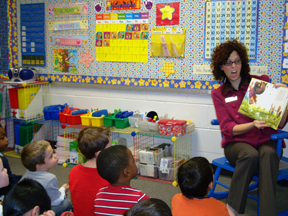 Amy Bray reads to students at Mason Elementary
