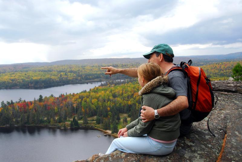 BT hiking family