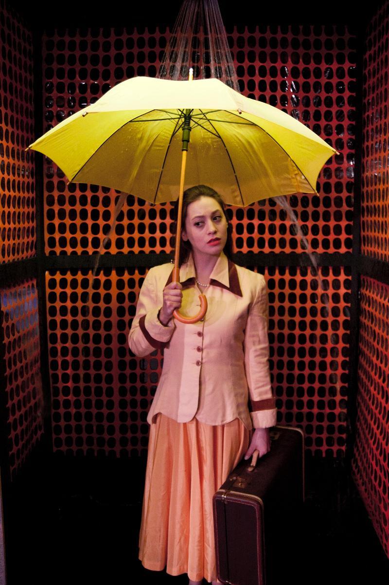 Eurydice in the elevator