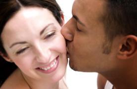 cheek-kiss-couple.jpg